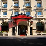 Le Royal Monceau Raffles Paris Fac Ade