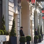 Le Royal Monceau Raffles Paris Facade