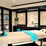 Camelot Spa – Massage Room