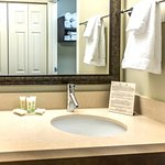 Photo de Staybridge Suites Toledo / Maumee