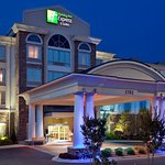 Holiday Inn Express Hotel & Suites Phenix City - Columbus