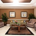 Lobby Lounge - Holiday Inn Express Palatka Northwest
