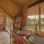 The Bedroom & Bathroom at Encounter Mara