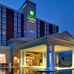 Photo of Holiday Inn Express Hotel & Suites Chatham South
