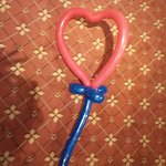 大道芸人「そ~だ」が娘のために作ってくれた「ハート」です。