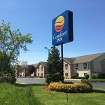 Paw Paw Comfort Inn & Suites