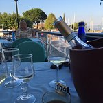 Wirklich sehr empfehlenswert. Gute Weinauswahl und das Essen ist so wie es in Italien sein soll.