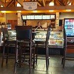 Foto de Cargo Bay Bar & Grill