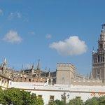 vista de catedral desde la plaza