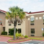 Red Roof Inn & Suites Hinesville Foto
