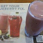 Blueberry Lemon Smoooothie....Refreshing!