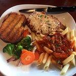 Chicken Parmigiana with Penne, Veggies & Garlic Toast