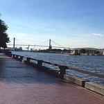Photo de Savannah Marriott Riverfront