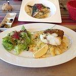Merluza con pistachos y módena & filetes de Dorada con base de Rissotto