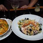 Salada e massa