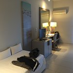 Foto de The Bay Hotel & Suites