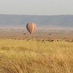 Balloon in flight over the Mara!