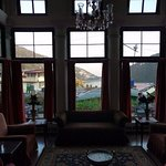 The Palace Belvedere has a beautiful lounge overlooking the Naini lake