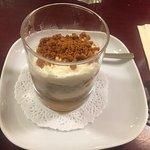 Entrée : croustillant camembert et chorizo. Plat :risotto aux gambas et lait de coco. Dessert :t
