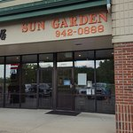 Sun garden is one of my favorite chinese food in cincinatti area.  Lunch with soup, 1 crab rango