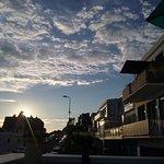 vue depuis la terrasse du coucher de soleil sur Sainte-Adresse