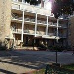 Foto van 1886 Crescent Hotel & Spa