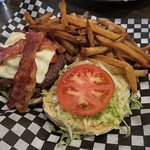 Burger plate ... very good!