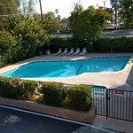 Caravelle Inn & Suites Photo