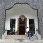 Royal Kandyan Hotel