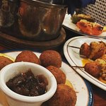Fried goats cheese balls with chutney