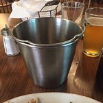 absolutely loved getting the pail with extra napkins & hand wipes with my ribs