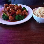 General Taos Chicken and brown rice