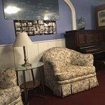 Tunnicliff Inn
