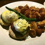 Filet Mignon Eggs Benedict