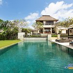 Photo de Villa Karang Nusa