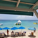 Photo de Mullins Beach Bar