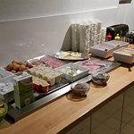 Frühstücksbuffet (early breakfast)