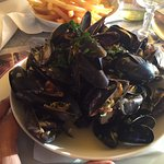 The hugest bowl of mussels...