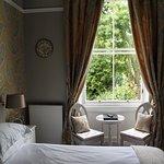 Foto van The Hedges Guest House