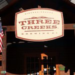 Foto de Three Creeks Brewing