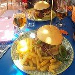 Las hamburguesas Duende 1 y Duende 2