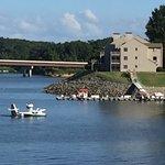 Lake Motel & Efficiencies Image