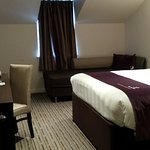Photo de Premier Inn Glasgow (Milngavie) Hotel
