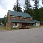 Glacier Highland Motel