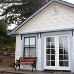 Foto de Dennen's Victorian Farmhouse