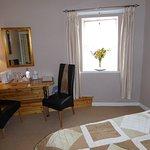Guest King Plus Single Bedroom