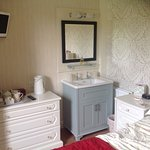 Oaklands Guesthouse Image