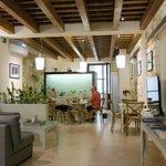 Breakfast room/guest lounge