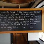 Backeddy Marine Pub Foto