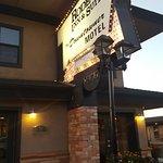 Rodeway Inn & Suites Downtowner-Rte 66 Foto